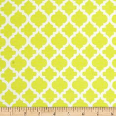 Dreamland Flannel Bella Sunshine Yellow from @fabricdotcom  Designed by David Textiles, Inc., this double napped (brushed on both sides) flannel is perfect for quilting and apparel. Colors include citron and white.