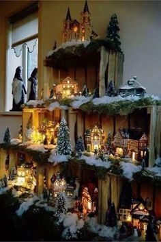 20 Ideas farmhouse christmas village display for 2019 Xmas village but with svg paper town? Wood crates used as a display case villaggio for a Christmas village Probably the two most fashionable colors for trees are the red and white. The red trees have a Simple Christmas, Christmas Home, Vintage Christmas, Christmas Holidays, Christmas 2019, How To Decorate For Christmas, Ladder Christmas Tree, Cheap Christmas, All Things Christmas