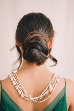 An elegant chignon can do no wrong! Beach Wedding Hairstyles Top Tips for Beautiful Tropical Tresses {Julie Saad Photography} Wedding Hair Tips, Beach Wedding Hair, Wedding Hair And Makeup, Hair Makeup, Wedding Ideas, Wedding Decor, Wedding Photos, Party Hairstyles, Wedding Hairstyles