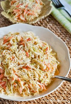 One of the best Coleslaw recipes around! Simple and delicious!One of the best Coleslaw recipes around! Simple and delicious! Yummy Coleslaw Recipe, Coleslaw Recipes, Salad Recipes, Healthy Recipes, Veggie Recipes, Cooking Recipes, Beef Recipes, Soup Recipes, Recipies