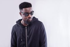 You cant control how people feel  Sarkodie   Yesterday at the Accra City Hotel the Rapaholic 2016 concert was launched. The event which is being organized by Sarkcess in collaboration with A-Team Productions had a special press conference to introduce the event to the media. Sarkodie after the launch took time to answer questions from the press. His attention was drawn to a statement he made during the launch to the effect that he and M.anifest didnt have any squawk or misunderstanding…