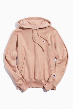 Champion Hoodie in rose Hoodie Sweatshirts, Pullover Hoodie, Hoody, Stylish Hoodies, Cool Hoodies, Colorful Hoodies, Champion Clothing, Champion Sweatshirt, Rose Champion Hoodie