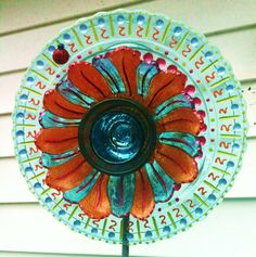 Glass Plate Flower for garden stakes-easy to make