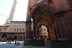 """Bologna: eat, feel and live like a local"" by @bigpicture"