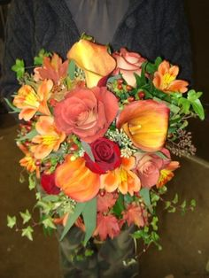 Fall themed wedding bouquet created by Lexington Floral in Shoreview, Minnesota.    #wedding #flowers #bride