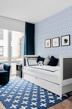 A Cool, Contemporary Chelsea Before and After- With four different wallpapers, kid-friendly shelf shapes, and a robin's egg blue banquette, this house isn't shy. Kids Bedroom, Kids Rooms, Childrens Rooms, Blue Bedroom, Kids Room Design, Boy Room, Child's Room, Backsplash, New Homes