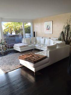 Dunkelbrauner Parkett Boden von Rero-Tex Outdoor Furniture Sets, Outdoor Decor, Home Decor, Boden, Decoration Home, Room Decor, Interior Decorating