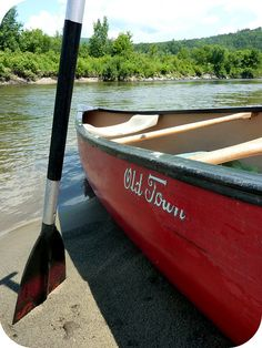 Takes me back to the good ol' days of fam canoeing trips. Row Row Your Boat, Row Row Row, Old Town Canoe, Canoe Trip, Float Trip, Kayak Accessories, Kayaking Gear, Lake Champlain, Float Your Boat