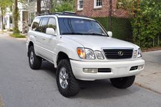 Selling my -Lexus - Fully loaded Purchased from an older couple in the upstate. Very clean truck. Lexus 470, Lexus Models, Toyota 4x4, 4x4 Off Road, Lexus Cars, Love Car, Old Models, Toyota Land Cruiser, Offroad