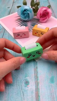 Diy Crafts Hacks, Diy Crafts For Gifts, Easy Diy Crafts, Creative Crafts, Fun Crafts, Summer Crafts, Creative Ideas, Paper Crafts Origami, Paper Crafts For Kids