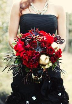 2013 Wedding Trend | Black Details - Drama - #weddingtrend #black #bridesmaid #flowers #bouquets