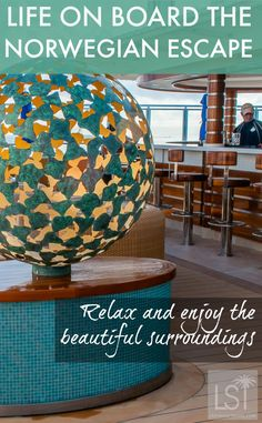 Relax and enjoy the beautiful surroundings and life on board Norwegian Escape, while sailing around the Caribbean when you travel from the Port of Miami. Discover our 7 reasons to sail on this new cruise ship.