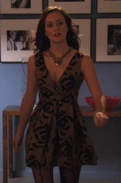 Blair Waldorf in a Sariah Fall 2009 dress