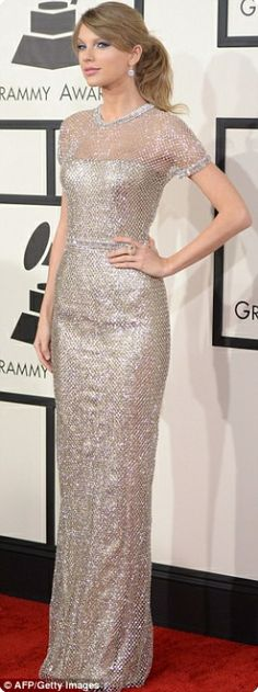 Instoremag.com - With Heavy Metal Dresses, What Jewelry Do You Wear? Taylor Swift in chainmail-style Gucci column dress at the 2014 Grammys.