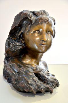 L'Aurore, vers 1900, par Camille CLAUDEL (1864-1943). Bronze, fonte E. Blot, 1908. Musée Camille Claudel à Nogent-sur-Seine. Photo : Hervé Leyrit ©