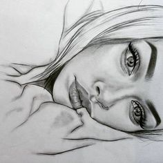 Secrets Of Drawing Realistic Pencil Portraits - Practice drawing face, sideways Secrets Of Drawing Realistic Pencil Portraits - Discover The Secrets Of Drawing Realistic Pencil Portraits Girl Drawing Sketches, Pencil Art Drawings, Cool Art Drawings, Realistic Drawings, Beautiful Drawings, Girl Face Drawing, Drawings Of Girls, Drawing Ideas, Pencil Sketches Of Faces