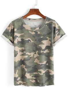 Shop Rolled Sleeve Camouflage T-shirt online. SheIn offers Rolled Sleeve Camouflage T-shirt & more to fit your fashionable needs. Camouflage T Shirts, Camo Tee Shirts, T Shirt And Shorts, Casual T Shirts, Shirt Outfit, Jean Skinny Noir, Short Cuir, How To Roll Sleeves, Short Sleeves