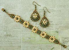 Bracelet of the Day: Daisy Duo Bracelet - Ivory & Turquoise (Linda\'s Crafty…
