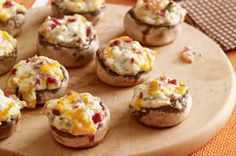 Cheese 'n bacon stuffed mushrooms!!  Looks AMAZING!!!!! Recipe from Kraft Foods.