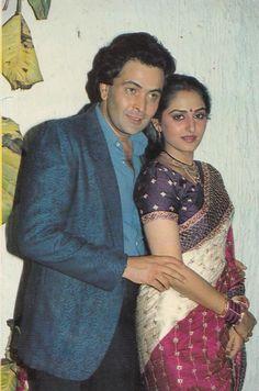 Rishi Kapoor and Jaya Prada Actress Pics, Old Actress, Indian Actresses, Actors & Actresses, India Actor, Rishi Kapoor, Vintage Bollywood, Beautiful Girl Indian, Indian Celebrities