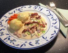 Fleskasos frå Tysnes   Norsk tradisjonsmat Bacon, Chicken, Meat, Food, Eten, Meals, Cubs, Kai, Diet