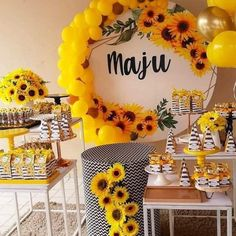 20th Birthday, Birthday Gifts, Happy Birthday, Ballon Decorations, Sunflower Party, Geek Party, Tilda Toy, Sofia Party, Minecraft Party
