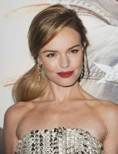 Kate Bosworth side ponytail