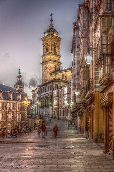 ***Cuesta de San Francisco, Vitoria-Gasteiz, Basque Country, Spain.