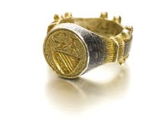 East European, probably Serbia, 15th century -  SIGNET RING. Partially gilt and nielloed silver.