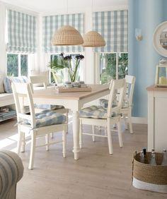 Интерьер столовой в средиземноморском стиле
