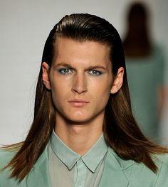 el pelo largo para los hombres que se puede llevar en cualquier momento peinados con