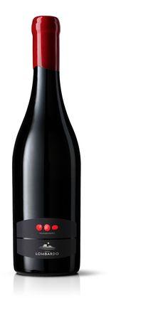 Tenute Lombardo 'Passadinero' Label Design - World Brand Design Society Sauvignon Blanc, Cabernet Sauvignon, Wine Bottle Design, Wine Label Design, Chenin Blanc, Pinot Noir, Expensive Champagne, Wine Logo, Red Wine Glasses