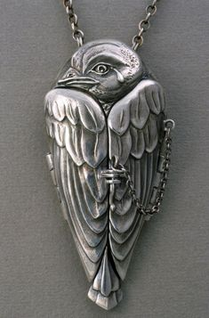 """A Tear for Icarus"" fine silver locket, Terry Kovalcik. I love this sooo much. If you love it too check out the pic of the interior of the locket. Metal Clay Jewelry, Bird Jewelry, Jewelry Art, Silver Jewelry, Jewelry Accessories, Jewelry Necklaces, Jewelry Design, Unique Jewelry, Locket Necklace"