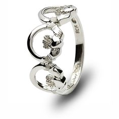 Another unique Claddagh ring.                    D. absolutely. Beautiful!