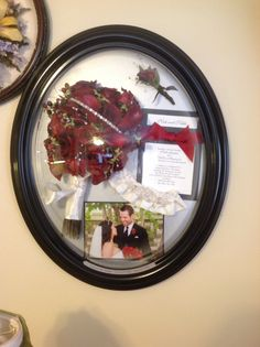 Love those gorgeous preserved red flowers! I also love that it's in that classic oval frame! Must do for a wedding. Suspended in time of layton Wedding bouquet Flower Preservation, Oval Frame, How To Preserve Flowers, Red Flowers, Preserves, Wedding Bouquets, Classic, Home Decor, Derby