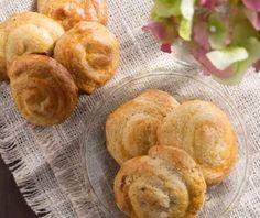 Κουλουράκια σαν τσουρεκάκια από την Αργυρώ Μπαρμπαρίγου! Food Categories, Bread, Cookies, Recipes, Biscuits, Cookie Recipes, Rezepte, Breads, Ripped Recipes