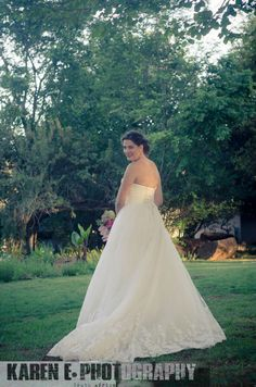 Just received the professional photo's of Jana & Ryan's beautiful wedding . South African Weddings, Silver Roses, Photo S, Nostalgia, Groom, Bride, Elegant, Wedding Dresses, Nature