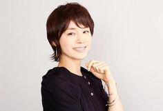 ドラマや映画で活躍されている石田ゆり子さん。いくつになっても可愛らしい印象です。髪型も大人の女性に似合う可愛らしくて女らしいスタイルにしていてとても参考になります。