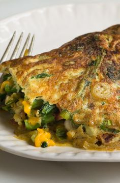 Broccoli Rabe Omelette with Bacon and Cheddar #Recipe #BroccoliRabe