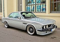 : CSL MyWay Silver & Black combo looks perfect. original M Saloon was the The Me gusta, 6 comentarios – MycarsMyway…BMW . Bmw E9, Suv Bmw, Bmw Cars, Bmw Autos, Bmw Vintage, Bmw Classic Cars, Bmw Love, Bmw 2002, Modified Cars