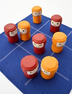 DIY Take Along Game of Tic Tac Toe by MollyMooCrafts.com for @skiptomyloublog