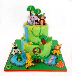 Animal jungle cake