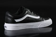 Vans - Vans U Old Skool Zip Sneaker Premium Leather Black V18GEW9 - Fahrenheitstore