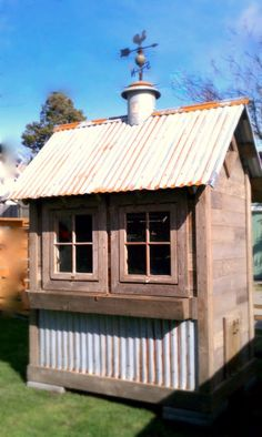 "Rustic coop with its own ""rooster"" weather vane!!"