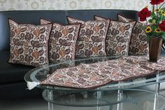 Set Sarung Bantal Kursi Batik. Kode SBK002, Proses Batik Cap dengan motif Daun Sirih.