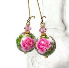 Unique Handmade Gift Ideas, Etsy Gift Ideas, Gifts under $25. By lensmaster BluKatDesign. http://www.squidoo.com/handmade-gift-ideas-etsy-gift-ides