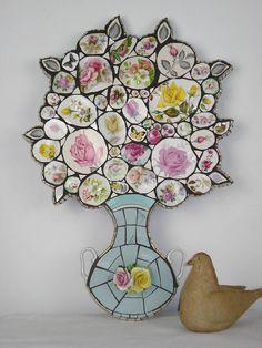 Pastel Rose Crockery Mosaic Wall Art by Anna Tilson Mosaic Vase, Mosaic Diy, Mosaic Crafts, Mosaic Projects, Mosaic Ideas, Mosaic Artwork, Mosaic Wall Art, China Crafts, Pastel Roses