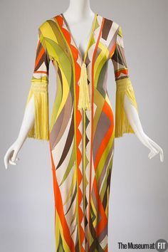 Emilio Pucci, Dress, ca. Fashion Institute of Technology, New York 1970s Dresses, Vintage Dresses, Vintage Outfits, Mod Fashion, Timeless Fashion, Vintage Fashion, Lauren Hutton, Emilio Pucci, Vogue