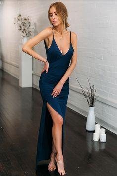 Bullseye Maxi Dress Navy - Another! Women's Dresses, Backless Maxi Dresses, Maxi Dress With Sleeves, Tight Dresses, Pretty Dresses, Lace Dress, Casual Dresses, Dress Prom, Fall Dresses