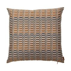 Discover the Missoni Home Seattle Cushion - 164 - at Amara Scatter Cushions, Throw Pillows, Luxury Sofa, Missoni, Home Textile, Seattle, Textiles, Range, Design